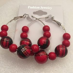 Sale‼️New Black and red plaid earrings